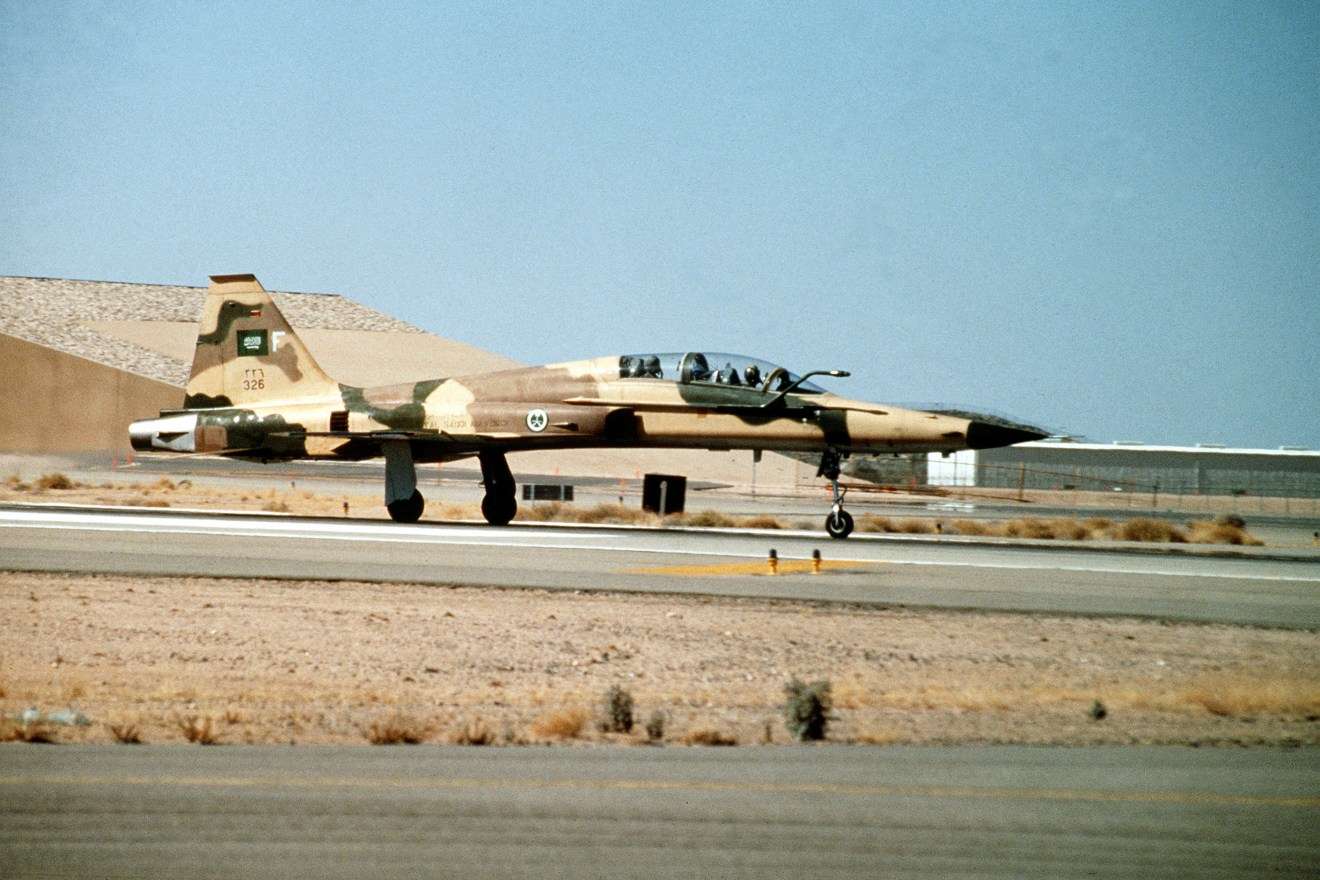 An F-5F Tiger II fighter aircraft of the 3rd Squadron, Royal Saudi Air Force, takes off during Operation Desert Shield.