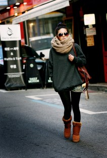 brown-ugg-boots-legging-and-jeans-shorts-outfit-bmodish