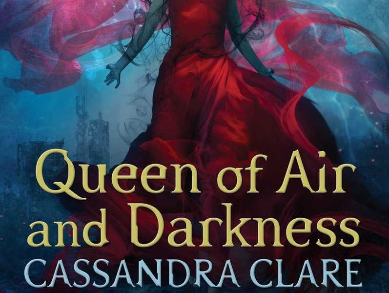 """Queen of Air and Darkness"" na lista de mais vendidos!"