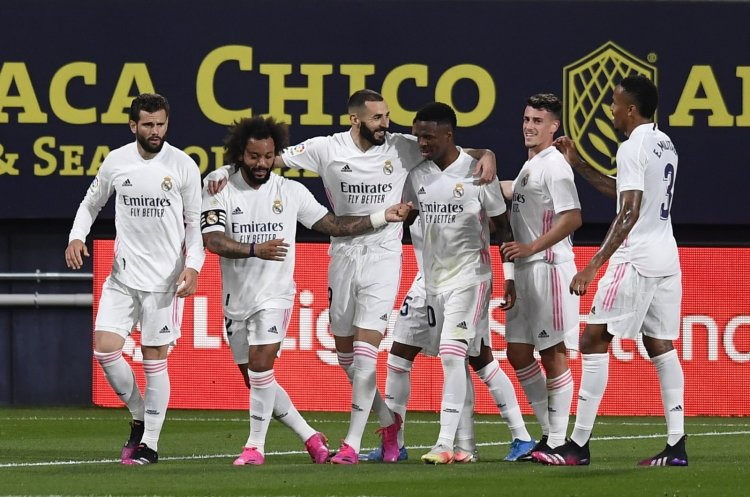 Real Madrid hosts resurgent Chelsea in Champions League ...