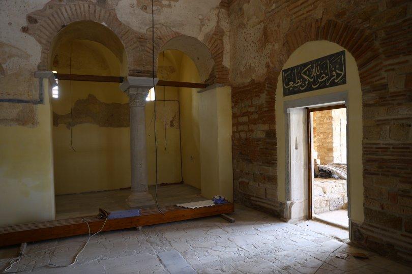 An interior view from the Enez Fatih Mosque, Edirne, northwestern Turkey, June 13, 2021. (AA Photo)