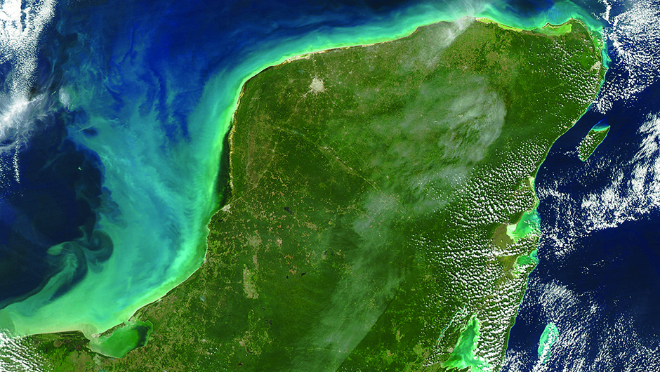 Yucatan peninsula Mexico from Google visible earth