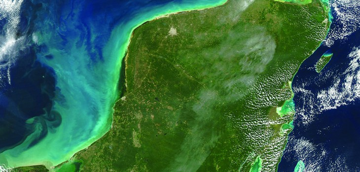 Yucatan peninsula Mexico from Google visible earth