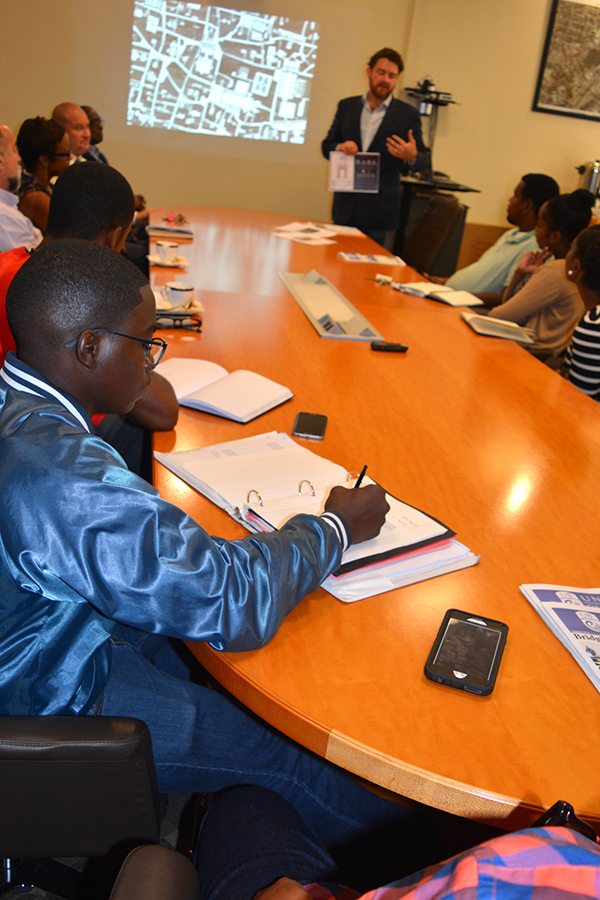 University of The Bahamas (UB) students are now able to receive a four-year baccalaureate degree in Architecture. Here University of Miami Prof. Ricardo Lopez speaks to a group of UB students