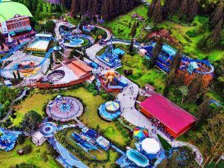 Funland Mickey Holiday Wahana yang indah