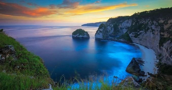 Pantai Atuh Nusa Penida Yang Tak Kalah Dengan Raja Ampat