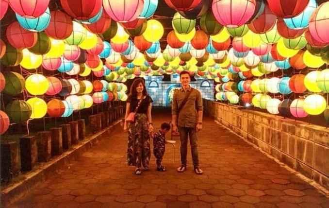 Taman Pelangi atau Taman Lampion Cocok Bagi Keluarga di Malam Hari