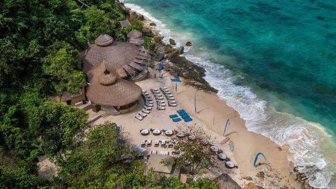 Pantai Bali, Karma Kandara