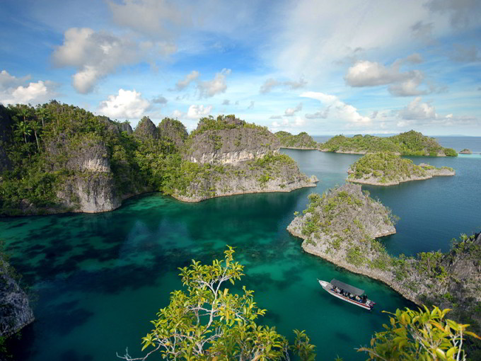 Wisata Raja Ampat Salah Satunya Pulau Batanta