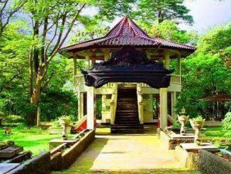 Wisata Sejarah Bukit Siguntang di Palembang