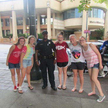10th Grade Girls with a police officer