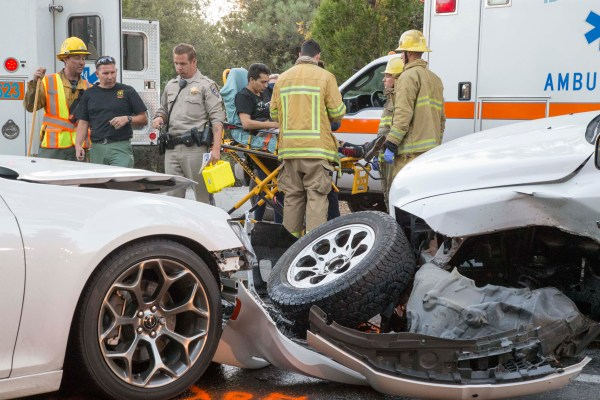 Three car collision in Idyllwild Saturday evening ...