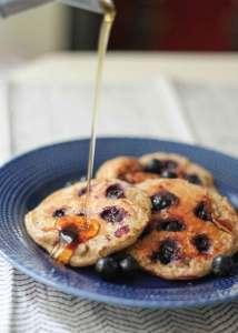 oatmeal-blueberry-yogurt-pancakes-gluten-free-high-protein