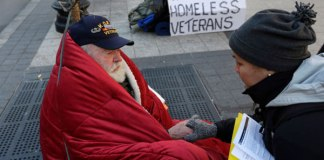Homeless-veteran-on-street
