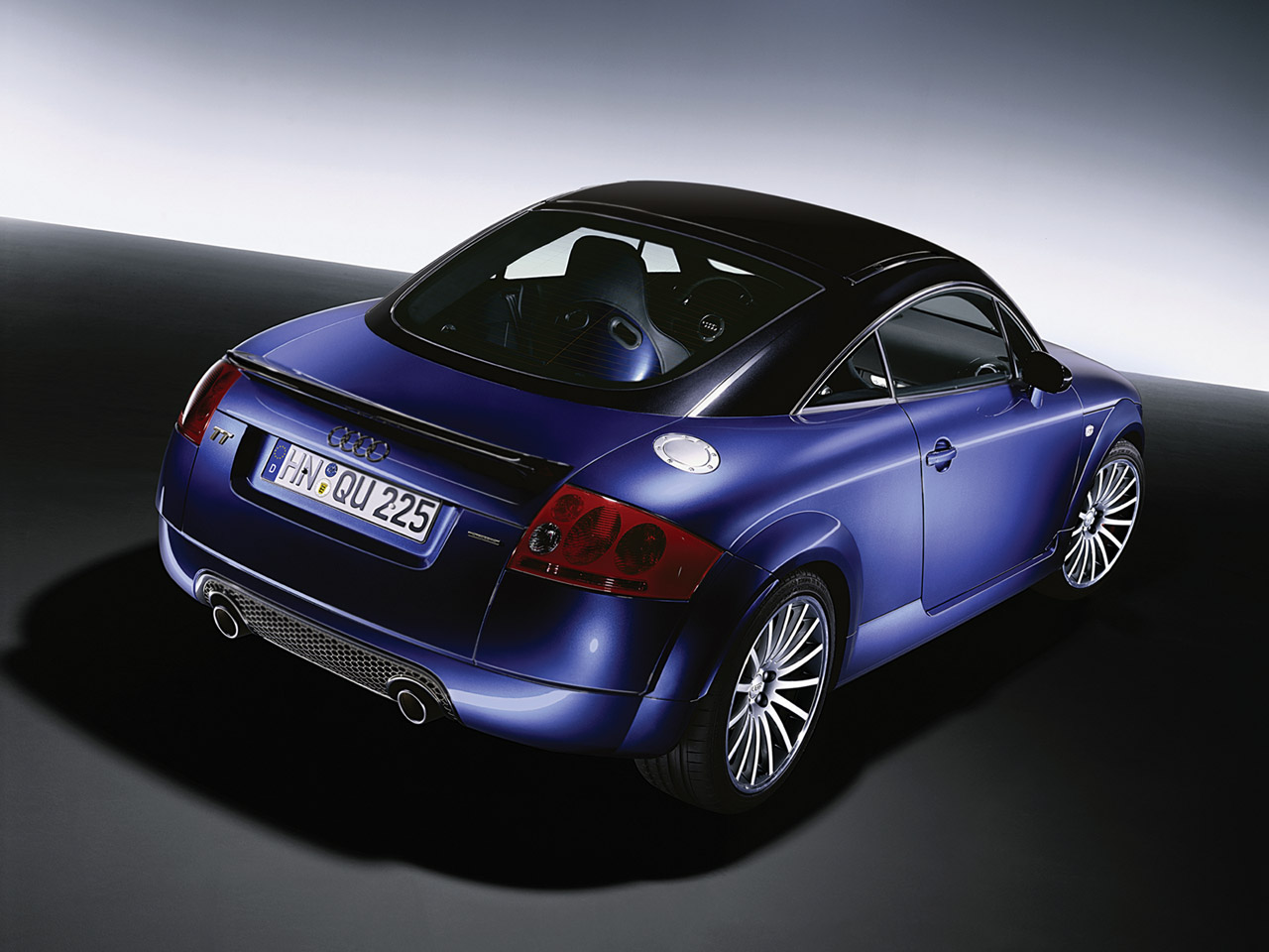2005-Audi-TT-Quattro-Sport