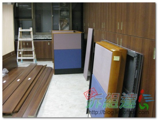 OA辦公家具-8cm辦公屏風
