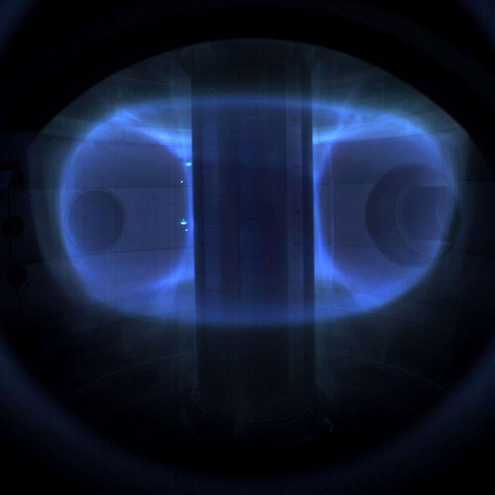 เครื่องปฏิกรณ์นิวเคลียร์