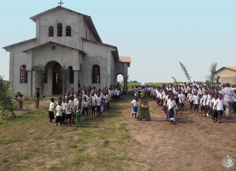 Ο Ι.Ν Ευαγγελισμού της Θεοτόκου και το σχολείο μας στο Gungu