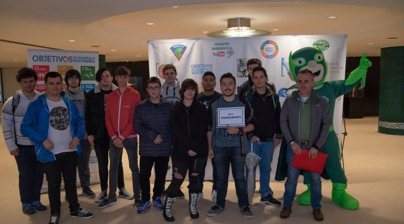 """Grupo de 1º SMR del proyecto """"Dale una nueva vida a tu equipo informático"""""""