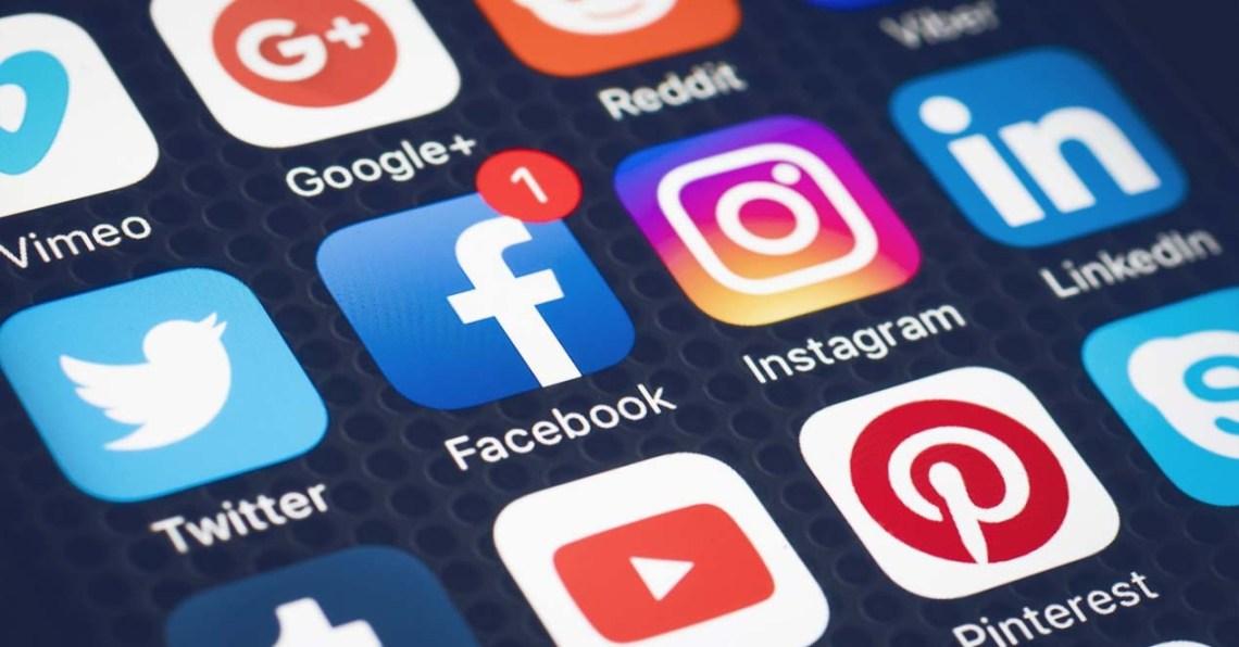 Síguenos en nuestras redes sociales - IES LA AZUCARERA