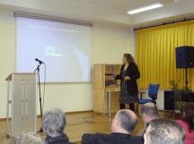 Elena Biaín presenta la intervención de Francisca Monsalve (Paca) desde Chile
