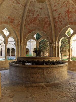 Real_Monasterio_de_Santa_María_de_Poblet._Lavatorio_del_claustro