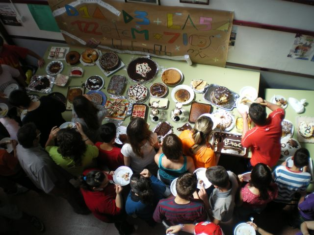 dia escolar de las matematicas 2009