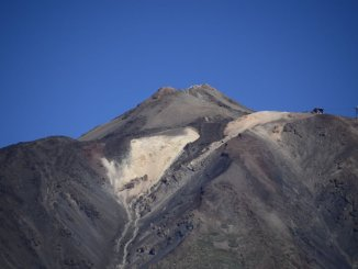 Все посетители были эвакуированы вчера с вулкана Тейде