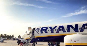 Самолет из Канар вынужден был поменять свой курс из-за пассажира
