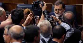 """Rajoy предъявил ультиматум Каталонии: """"определитесь уже со своей независимостью"""""""