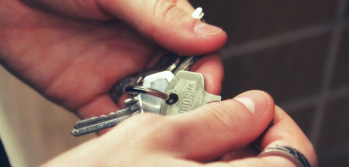 Одиночки не смогут получать более 806 евро в месяц в качестве помощи по аренде жилья