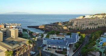 Два человека пострадали при пожаре в отеле в Playa Paraíso на юго-западе острова Тенерифе