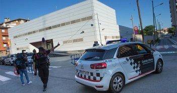 Полицейские застрелили алжирца, напавшего на полицейский участок