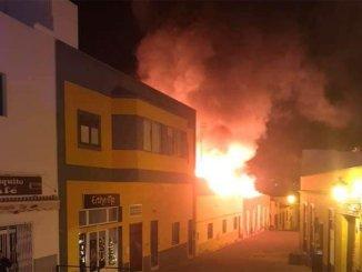 Granadilla de Abona: сгорело здание XIX -го века