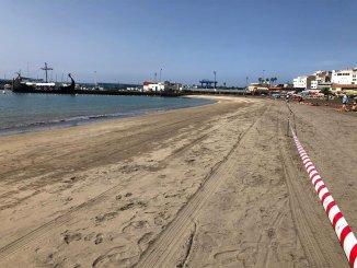 Los Cristianos: власти муниципалитета Arona открыли доступ к закрытому пляжу