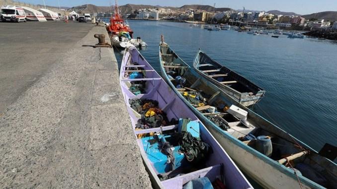 Мёртвых выбрасывали в океан - новая лодка с погибшими на пути к Канарам