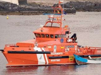 Промахнулись мимо Канар? Четверо погибших и 27 выживших в лодке возле El Hierro