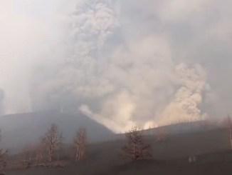 Учёные говорили - нет, вулкан же не послушался и ответил - да!