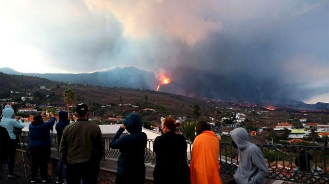 La Palma: остров сегодня хорошенько встряхнуло, продолжаются эвакуации