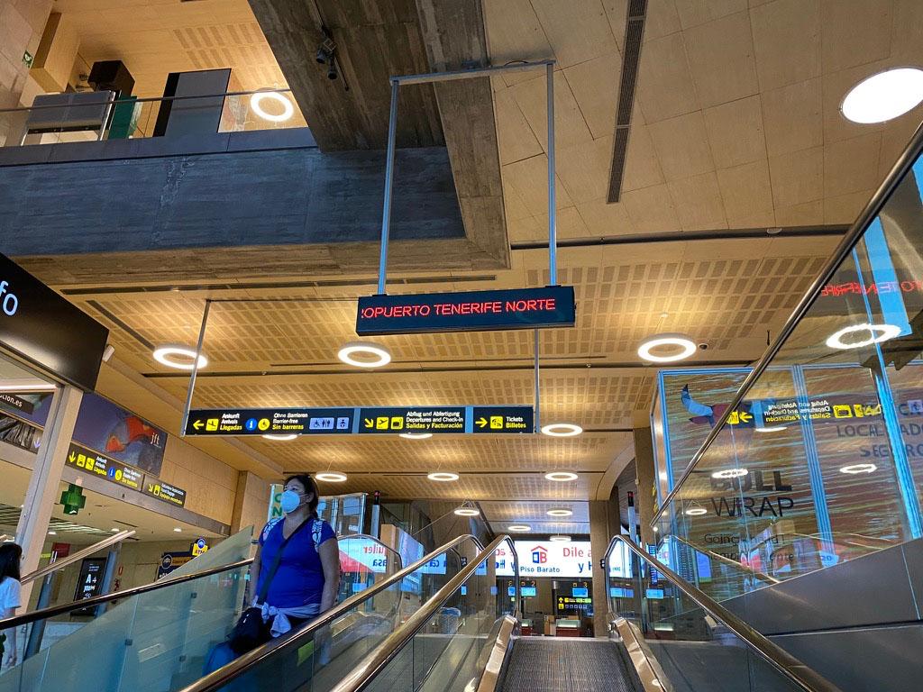 Aena тоже «опускает вожжи»: разрешит свободный доступ в свои аэропорты