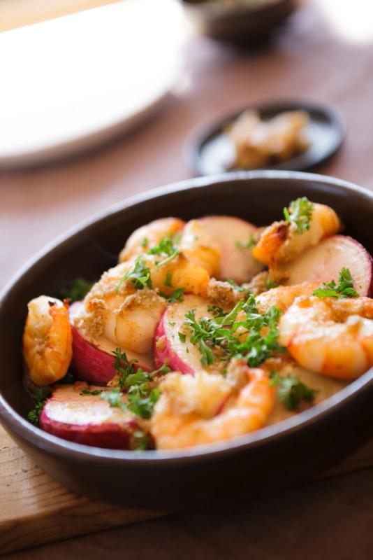 耐熱鍋やフライパンは保温性が高くさらに美味しくなるのです!