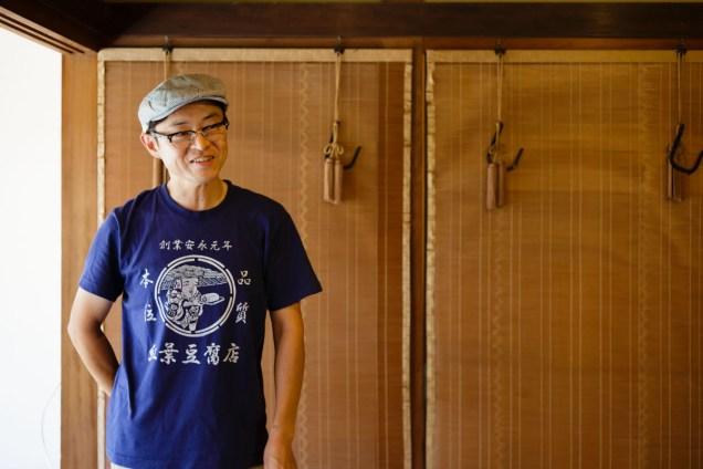 少し はにかむように、嬉しいと語る安田さん。