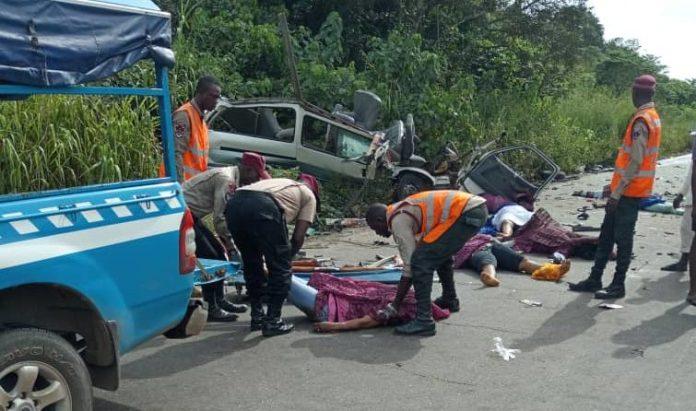 9 die, 16 Injured On Lagos-Ibadan Expressway Crash – FRSC