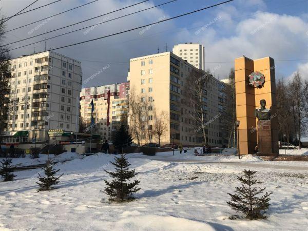 Купить 4 комнатную квартиру на бульваре 60-летия Октября ...