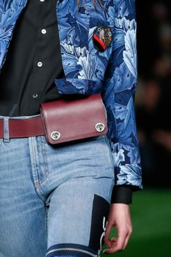 fall-2015-trend-report-the-mini-bag-is-major-13