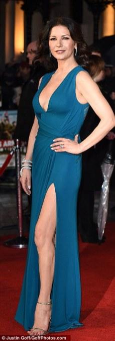 Catherine_Zeta_Jones_looking_incredible_in_a_blue-dress