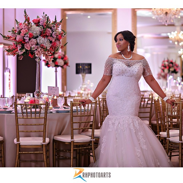 The Perfect Wedding Gown 01: @RhPhotoarts