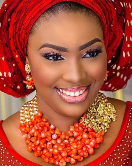 Beautiful Brides and Gele Styles For Fashionable Ladies