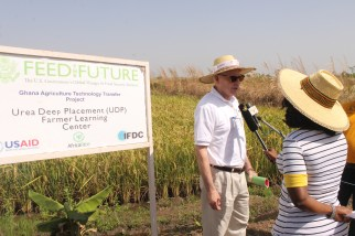 The Feed the Future Ghana Agriculture Technology Transfer Project established a farmer learning center on urea deep placement (UDP) technology in Tamale. The communities farming the area achieved fourfold increases in rice yields through the adoption of UDP and better agricultural practices.
