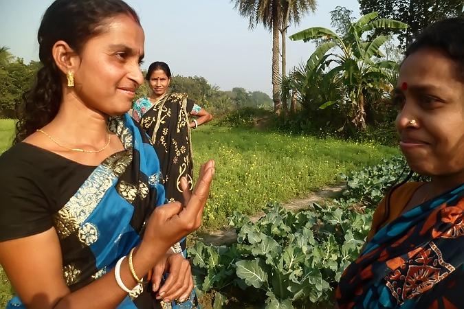 Monika Rani in conversation w community